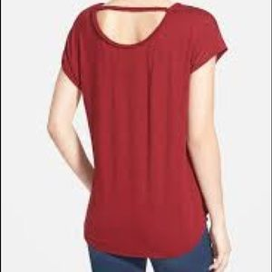 Two by Vince Camuto Red T-shirt with Braided Trim
